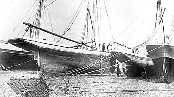 smacks on the hard of Brightlingsea in 1934